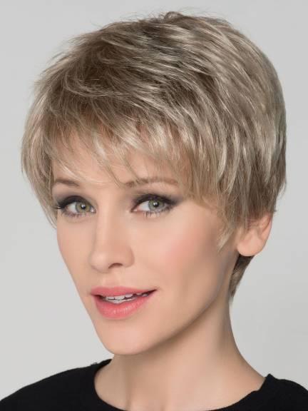 Perruque femme cheveux courts clic perruques - Coupe courte couleur cuivre ...