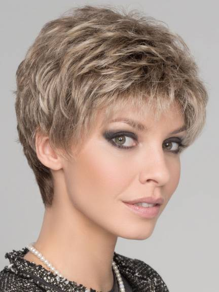Cheveux courts Foxy